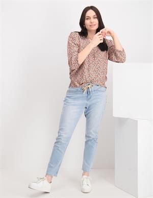 Geisha Jeans with lace at waist 11017-10